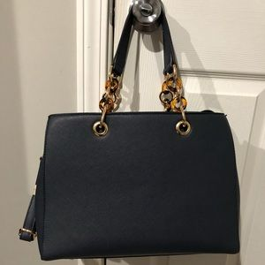 GENTLY USED Navy Tote w/long handle for crossbody